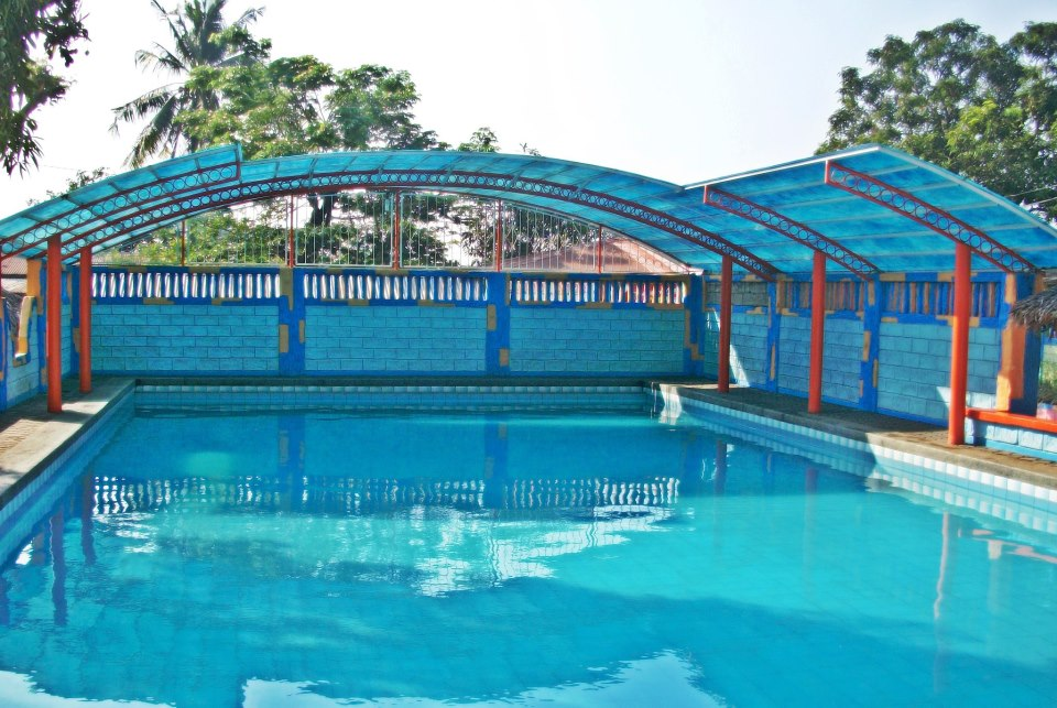 maglalang resort swimming pool