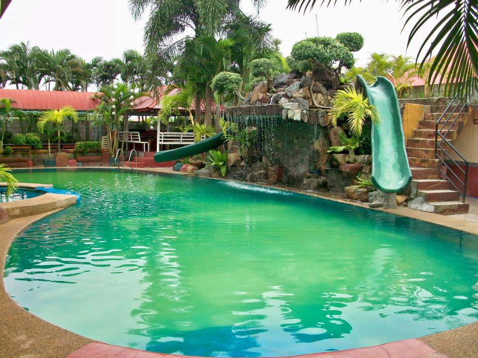 Villa Del Carmen Resort Swimming pool
